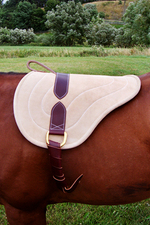 07-bareback-pad-leather-horse.jpg